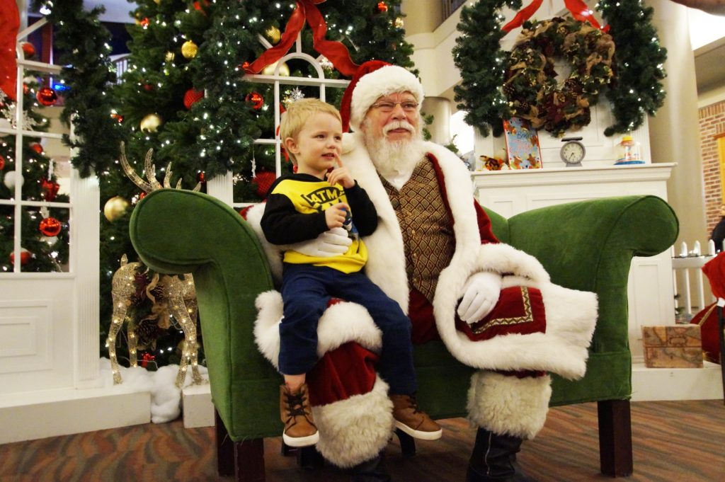 Santa at Walden Galleria