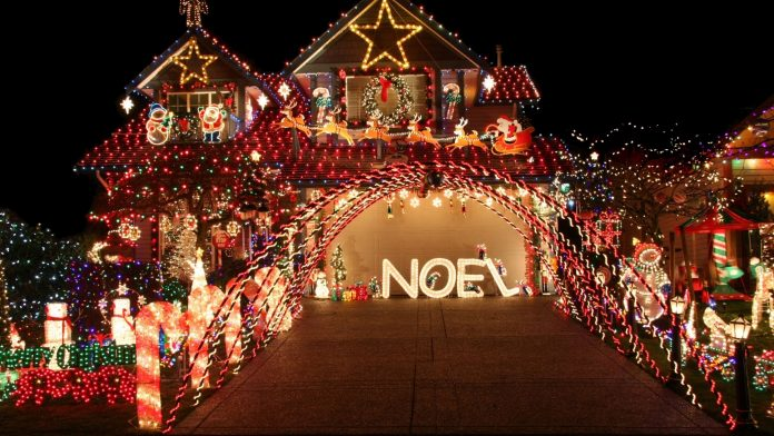 Where to see Christmas Lights in Buffalo 2020